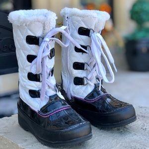 Totes girls size 13 snow rain winter ski boots